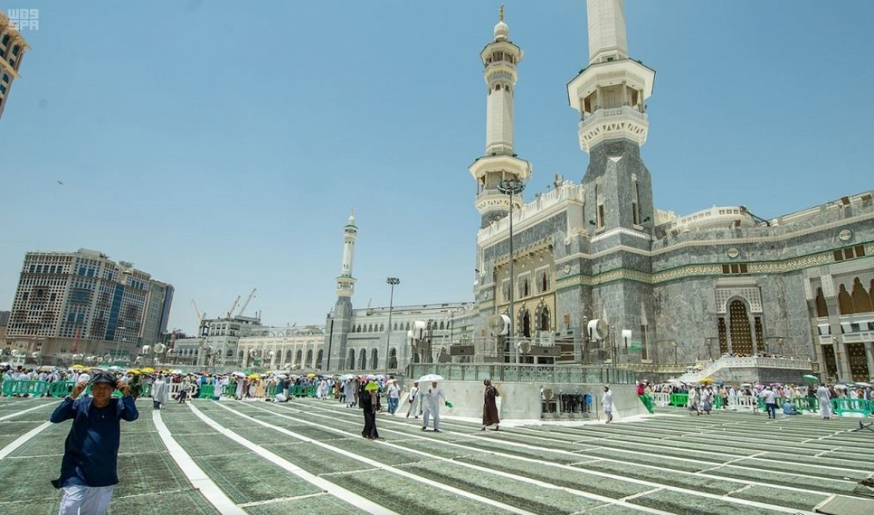 Makkah Grand Mosque's expansion is under way.