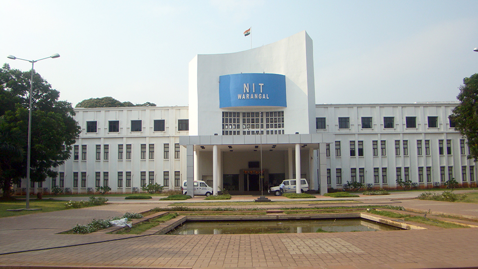 NIT Warangal is located in the Indian state of Telangana.