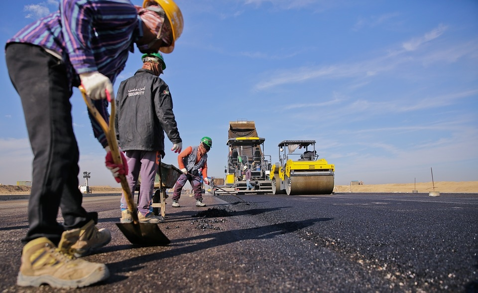 Oman's Ministry of Transport completes road paving in Al-Khubayb [representational image]