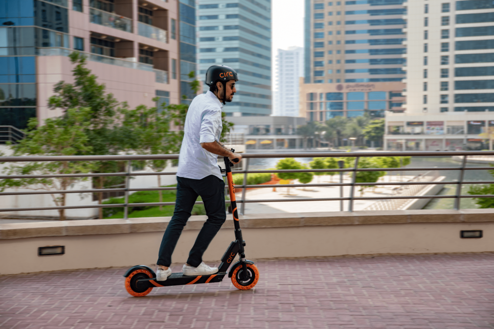Provis, Circ bring e-scooters to Abu Dhabi residents