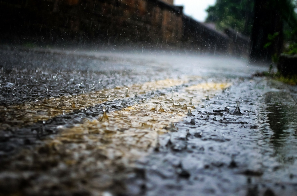 Abu Dhabi's Tadweer contains damage caused by rain, floods [representative image]