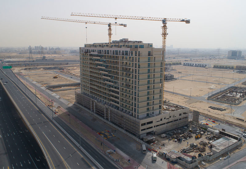 Overall construction on Azizi Plaza has reached 90%