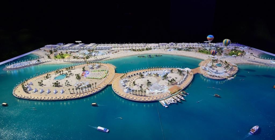 RTA said that the promenade will feature modern designs for green hills, sandy hills, and private car parking.