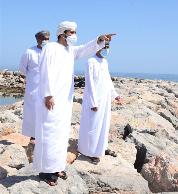 Governor of Muscat inspects Yiti integrated tourism project