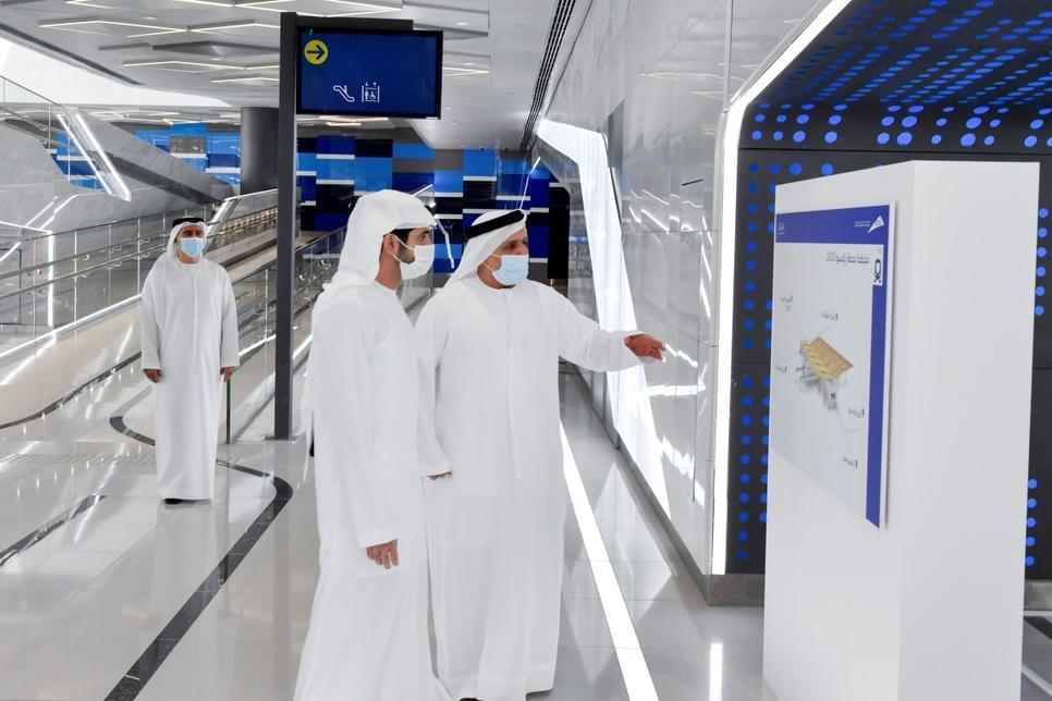 Mattar Mohammed Al Tayer briefs Sheikh Hamdan about the Route 2020 project.