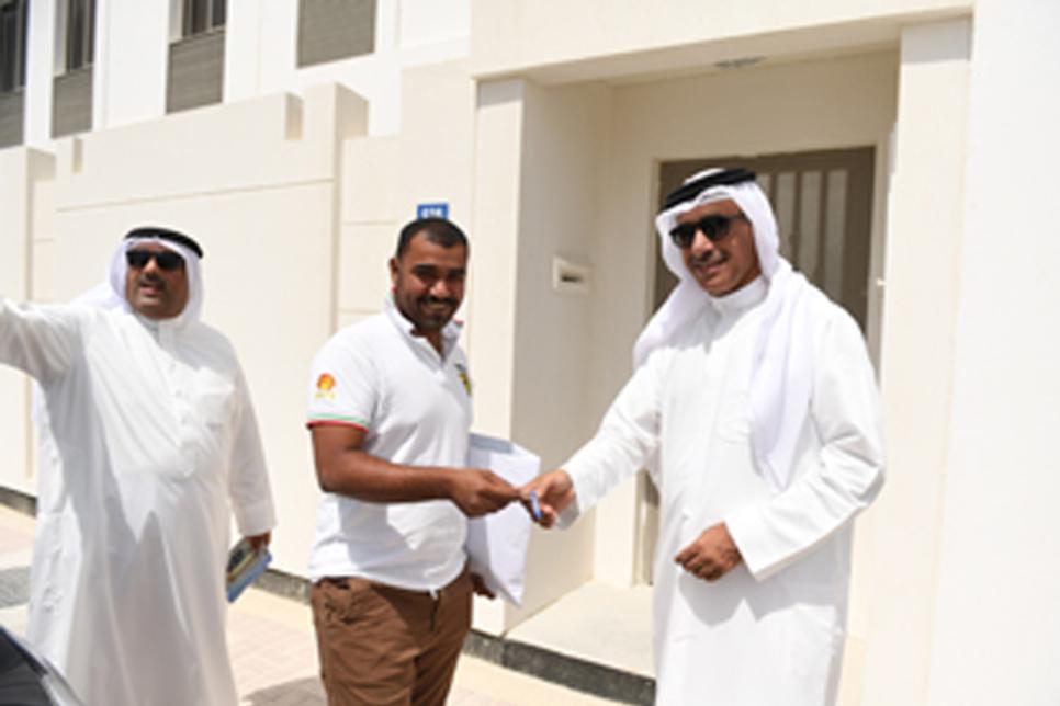 Bahrain begins handover of 400 Khalifa Town homes
