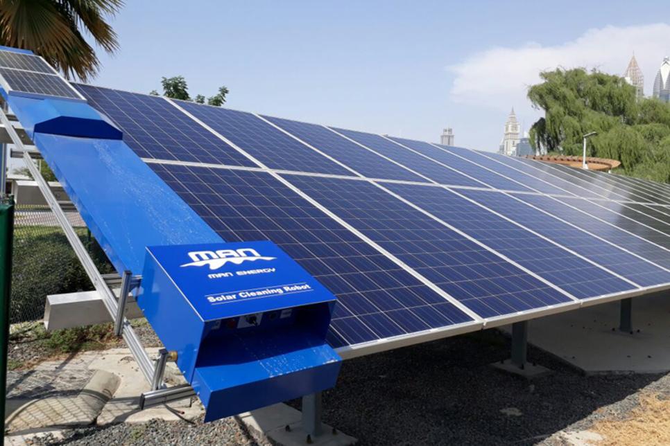 Dubai Municipality trials solar panel-cleaning robots