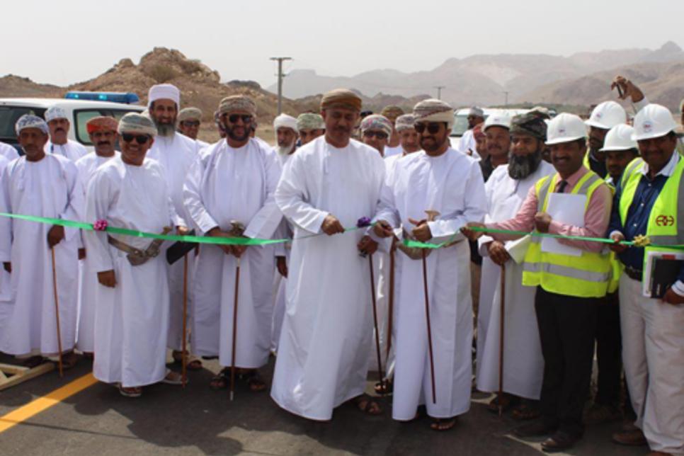 Oman opens 17km of Ibri-Yangul dual carriageway