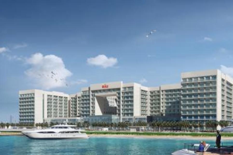Nakheel, RIU sign $105m deal for Deira Islands resort project