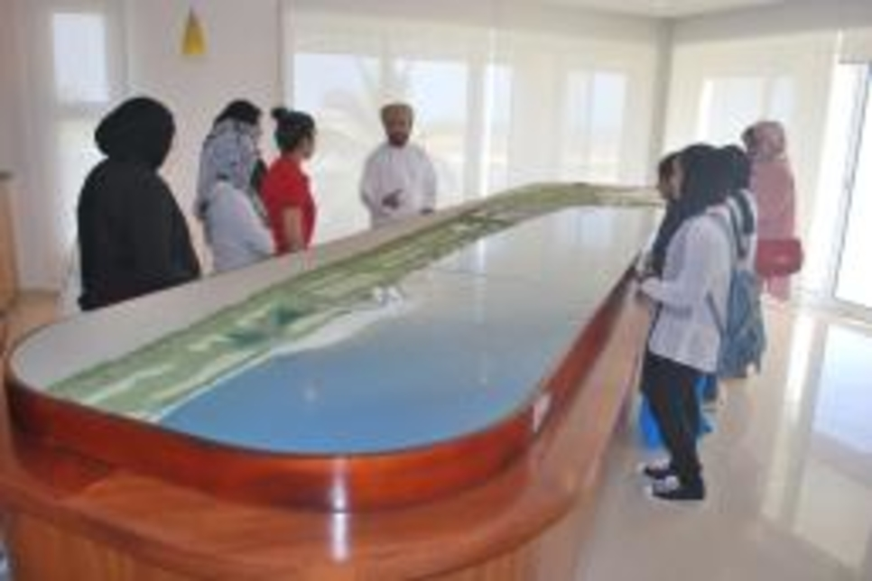 Oman students tour The Wave, Muscat masterplan