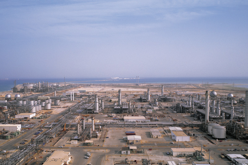 Saudi Aramco, Total ink engineering contract for $5bn Jubail complex