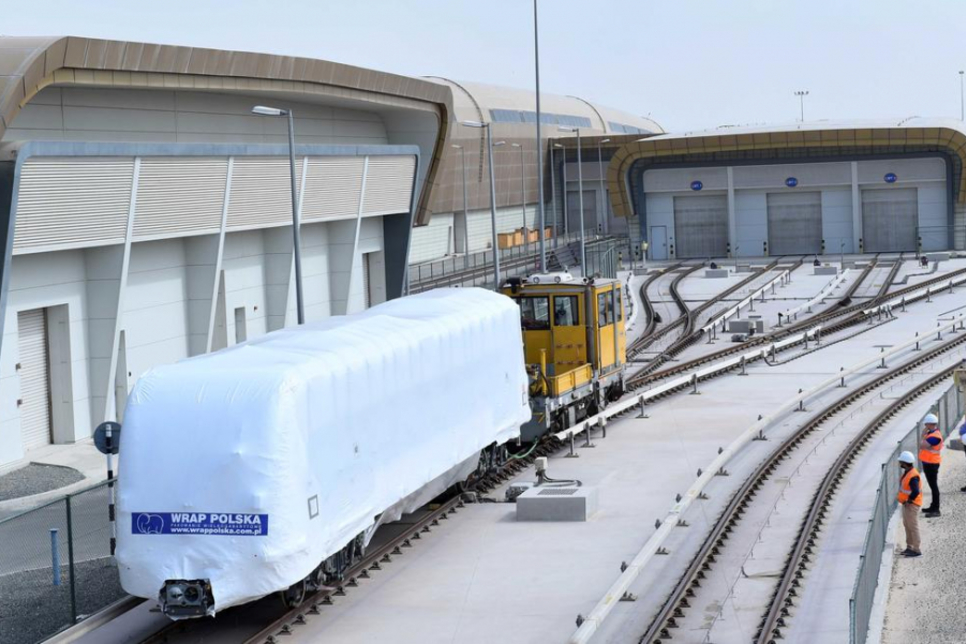 First train arrives for Dubai Metro's Route 2020