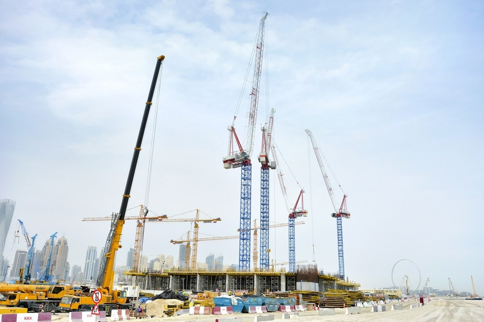 Nurol picks Raimondi cranes for Emaar homes in Dubai Harbour