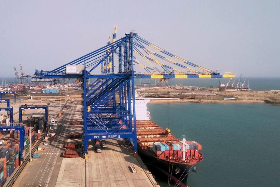 DP World, Red Sea Gateway win Mawani's port terminals contract