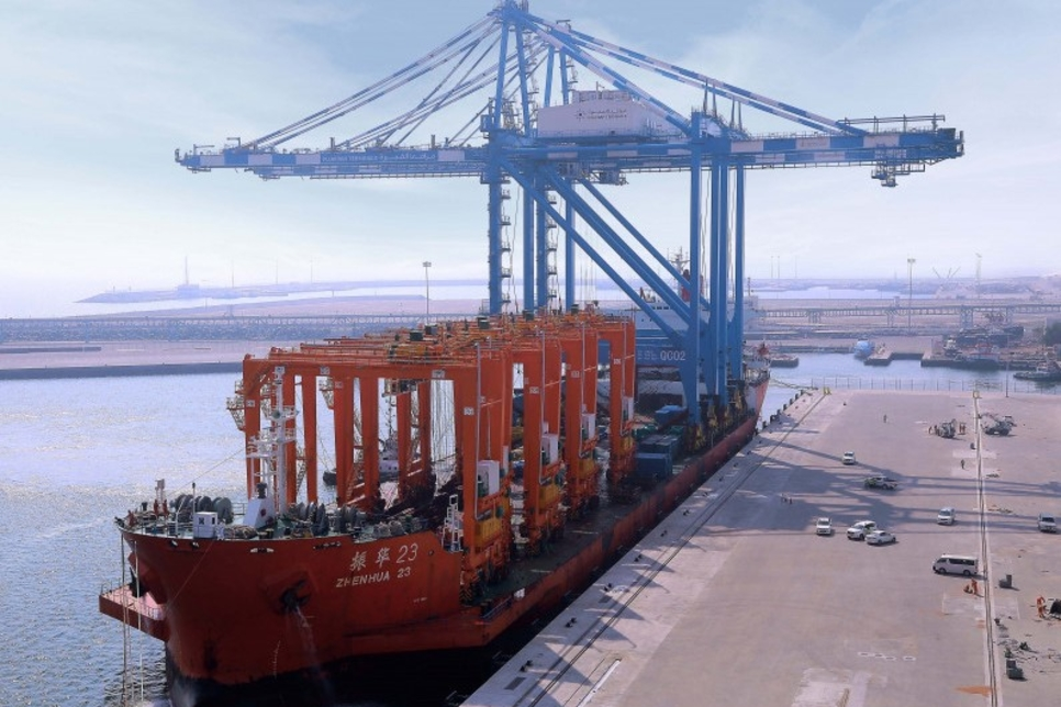 Fujairah Ports installs China's ZPMC cranes for $272.3m expansion