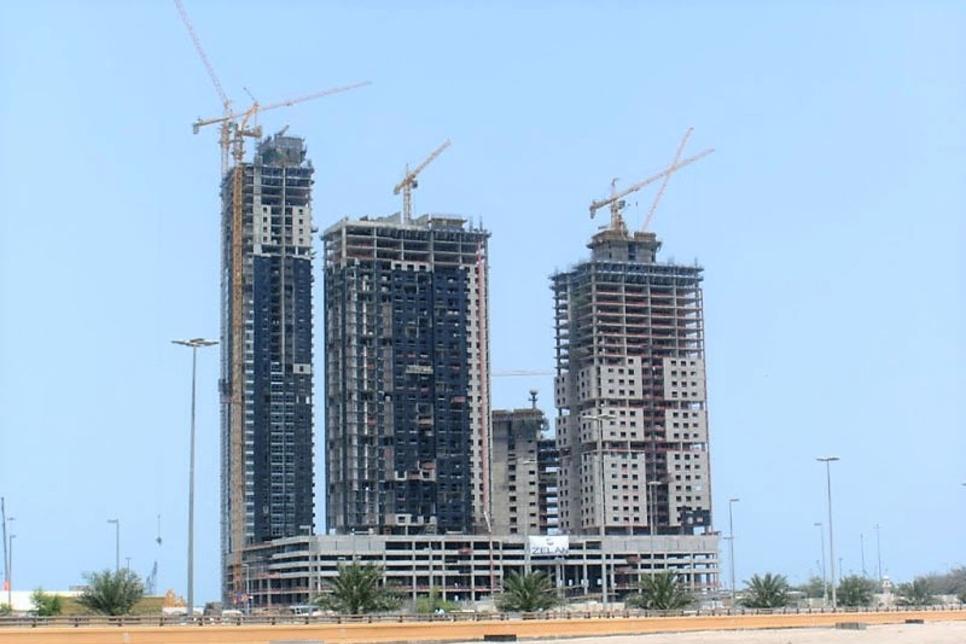 Abu Dhabi DMT to demolish Mina Plaza Towers at Fisherman's Wharf