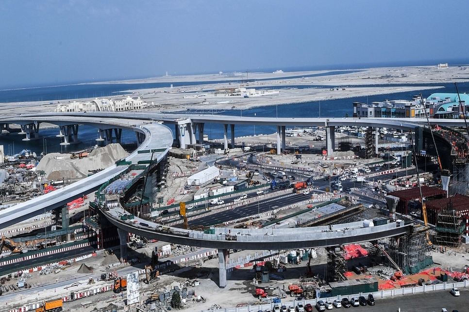 Construction on bridges leading to Deira Islands 75% complete