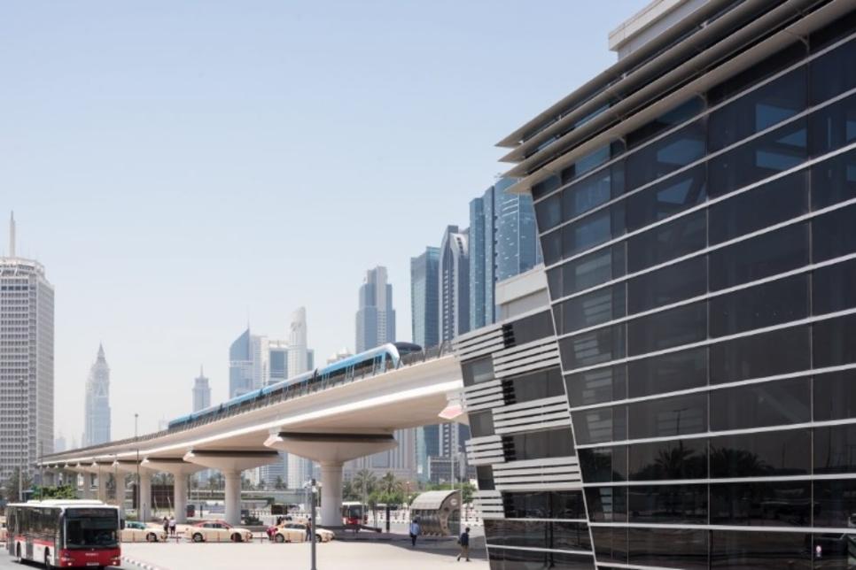 Dubai's RTA extends metro, tram suspension till 5 April