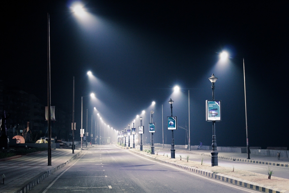 Abu Dhabi's DMT picks Tatweer to replace 43,000 streetlights
