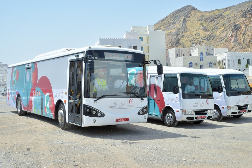 COVID-19: Oman's ministries of health, transport launch screening buses