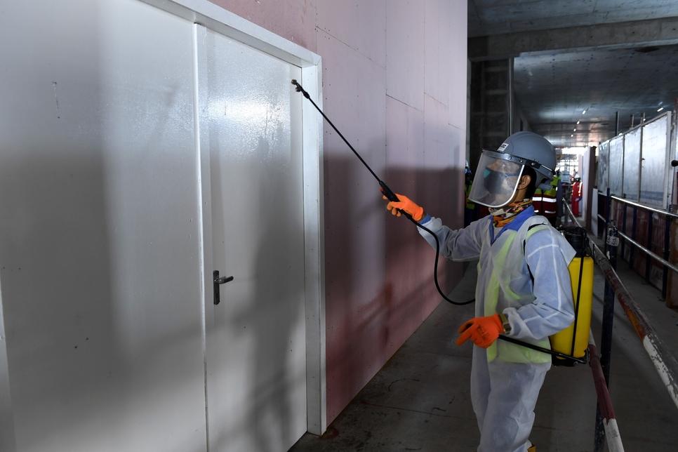 COVID-19: Dubai Municipality enforces building control measures