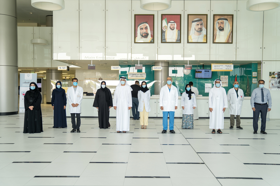 UAE health officials receive first dose of the COVID-19 vaccine